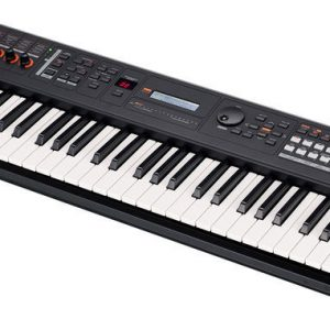 Yamaha MX61 Music Synthesizer