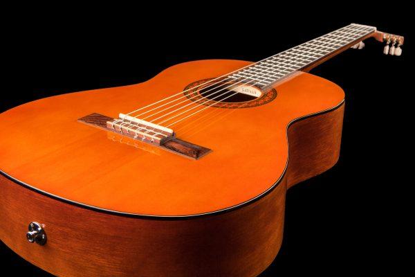 Yamaha CX40 Mark II Electro-Classical Guitar