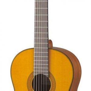 Yamaha CG142C Solid Cedar Top Classical Guitar