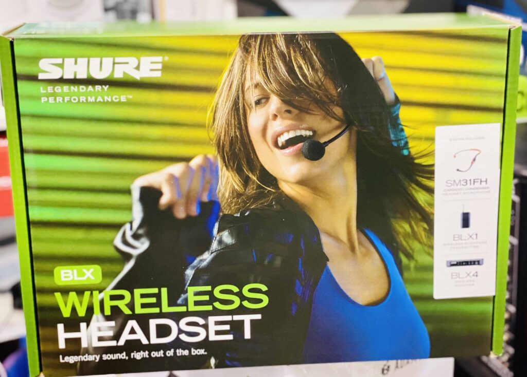 Shure Wireless Microphone - BLX14 with SM31