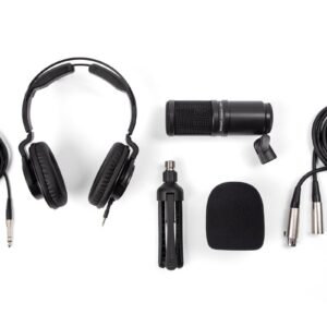 Zoom live track l8 and ZDM-1 Podcast Microphone Pack Bundle